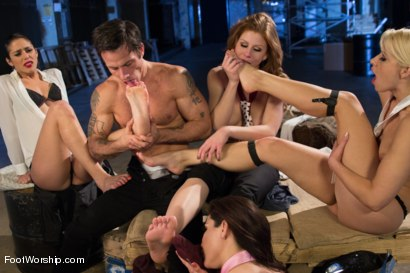 Photo number 5 from Reservoir Paws: 8 Feet and 40 Toes shot for Foot Worship on Kink.com. Featuring Brooklyn Lee, Aleksa Nicole, Anna Morna, Alan Stafford and Anikka Albrite in hardcore BDSM & Fetish porn.