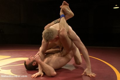 "Photo number 6 from Clayton ""Pile-Driver"" Kent vs Rob ""The Blitz"" Yaeger shot for Naked Kombat on Kink.com. Featuring Rob Yaeger and Clayton Kent in hardcore BDSM & Fetish porn."