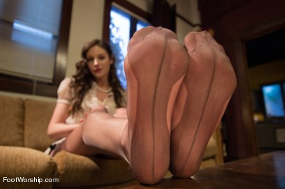 Photo number 2 from Kinky Housewife Foot Job shot for Foot Worship on Kink.com. Featuring Samantha Ryan and Bill Bailey in hardcore BDSM & Fetish porn.