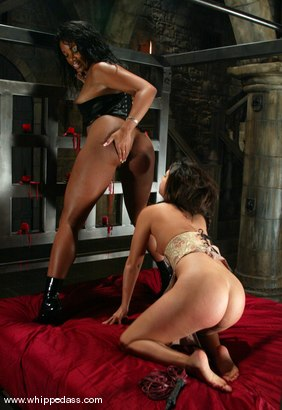 Photo number 11 from Sydnee Capri and Gia Jordan shot for Whipped Ass on Kink.com. Featuring Gia Jordan and Sydnee Capri in hardcore BDSM & Fetish porn.