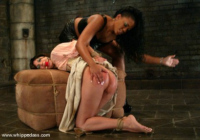 Photo number 4 from Sydnee Capri and Gia Jordan shot for Whipped Ass on Kink.com. Featuring Gia Jordan and Sydnee Capri in hardcore BDSM & Fetish porn.