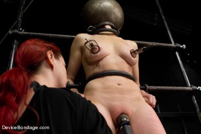 Photo number 8 from Mz Berlin vs Odile shot for Device Bondage on Kink.com. Featuring Mz Berlin and Odile in hardcore BDSM & Fetish porn.
