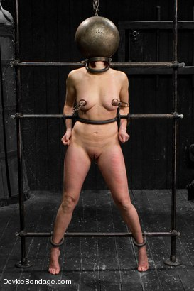 Photo number 1 from Mz Berlin vs Odile shot for Device Bondage on Kink.com. Featuring Mz Berlin and Odile in hardcore BDSM & Fetish porn.
