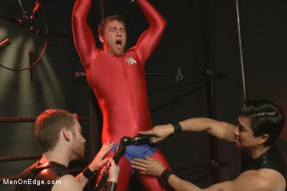 Photo number 8 from The Orgazmatron shot for Men On Edge on Kink.com. Featuring Connor Maguire in hardcore BDSM & Fetish porn.