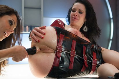 Photo number 3 from Smoking Hot Anal MILF!  Veronica Avluv shot for Everything Butt on Kink.com. Featuring Veronica Avluv and Francesca Le in hardcore BDSM & Fetish porn.