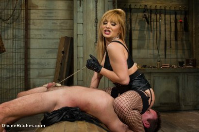 Photo number 1 from Small Penis Humiliation Cuckold shot for Divine Bitches on Kink.com. Featuring Lea Lexis, Wolf Hudson and Cameron Kincade in hardcore BDSM & Fetish porn.