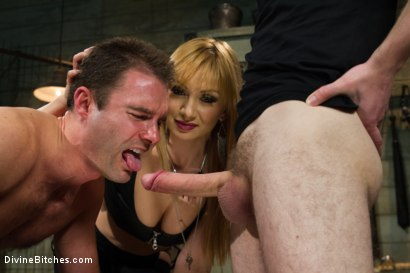 Photo number 2 from Small Penis Humiliation Cuckold shot for Divine Bitches on Kink.com. Featuring Lea Lexis, Wolf Hudson and Cameron Kincade in hardcore BDSM & Fetish porn.