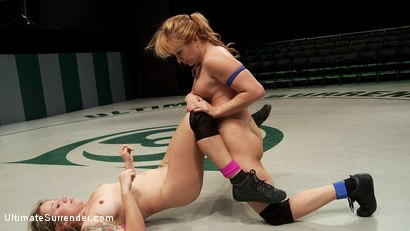 Photo number 11 from Summer Vengeance Season 10, European Battle on US mats shot for Ultimate Surrender on Kink.com. Featuring Bella Wilde and Lea Lexis in hardcore BDSM & Fetish porn.