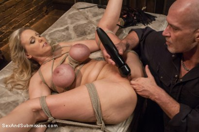 Photo number 9 from Julia Ann's Submissive Fantasy shot for Sex And Submission on Kink.com. Featuring Julia Ann and Mark Davis in hardcore BDSM & Fetish porn.