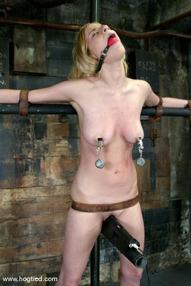 Photo number 4 from Lain Oi shot for Hogtied on Kink.com. Featuring Lain Oi in hardcore BDSM & Fetish porn.