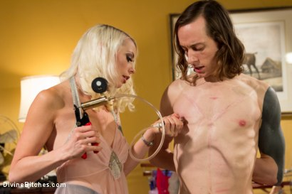 Photo number 2 from Just One Of the Girls: A sissy slut is born shot for Divine Bitches on Kink.com. Featuring Lorelei Lee and Owen Gray in hardcore BDSM & Fetish porn.