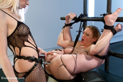 Photo number 11 from Darling Gets Electrofucked! shot for Electro Sluts on Kink.com. Featuring Dee Williams and Lorelei Lee in hardcore BDSM & Fetish porn.