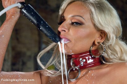 Photo number 7 from The Mother of Dragons, Milk, an Alien, 33F Tits & FuckingMachines.com shot for Fucking Machines on Kink.com. Featuring Holly Brooks in hardcore BDSM & Fetish porn.