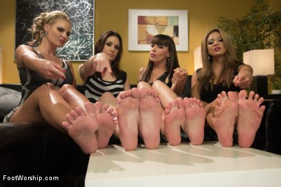 Photo number 1 from Cum Covered Toes In Clear Heels: A members request! shot for Foot Worship on Kink.com. Featuring Phoenix Marie, Dana DeArmond, John Jammen, Mia Lelani and Sarah Shevon in hardcore BDSM & Fetish porn.