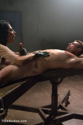 Photo number 3 from ANOTHER BRAND NEW DOM DEBUT - THE LATINA HOTTIE, JAQUELIN BRAXTON shot for TS Seduction on Kink.com. Featuring John Jammen and Jaquelin Braxton in hardcore BDSM & Fetish porn.