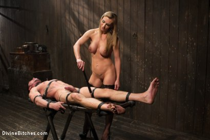 Photo number 13 from British bombshell, Tanya Tate gives douche bag club dude a lesson! shot for Divine Bitches on Kink.com. Featuring Tanya Tate and Casey More in hardcore BDSM & Fetish porn.