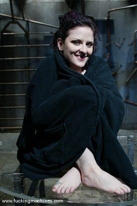 Photo number 15 from Caroline Pierce shot for Fucking Machines on Kink.com. Featuring Caroline Pierce in hardcore BDSM & Fetish porn.