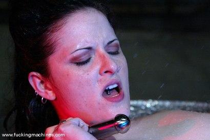 Photo number 13 from Caroline Pierce shot for Fucking Machines on Kink.com. Featuring Caroline Pierce in hardcore BDSM & Fetish porn.
