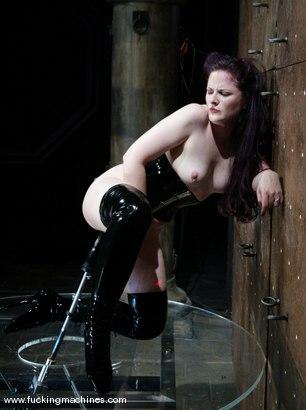 Photo number 5 from Caroline Pierce shot for Fucking Machines on Kink.com. Featuring Caroline Pierce in hardcore BDSM & Fetish porn.