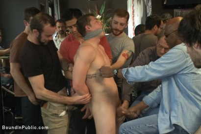 Photo number 2 from Nasty Straight Bartender Takedown shot for Bound in Public on Kink.com. Featuring Hayden Richards, Rob Yaeger and Will Parks in hardcore BDSM & Fetish porn.