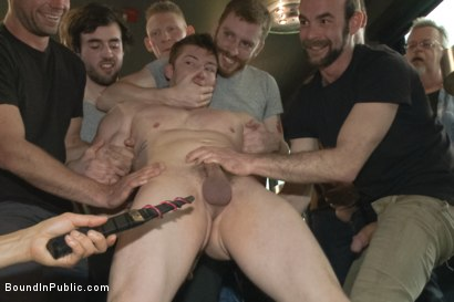Photo number 5 from Nasty Straight Bartender Takedown shot for Bound in Public on Kink.com. Featuring Hayden Richards, Rob Yaeger and Will Parks in hardcore BDSM & Fetish porn.