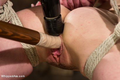 Photo number 5 from Juliette March gets Felony'd shot for Whipped Ass on Kink.com. Featuring Felony and Juliette March in hardcore BDSM & Fetish porn.