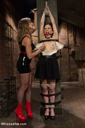 Photo number 15 from Juliette March gets Felony'd shot for Whipped Ass on Kink.com. Featuring Felony and Juliette March in hardcore BDSM & Fetish porn.