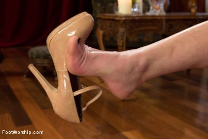Photo number 14 from *BONUS UPDATE*Webbed Toed Submissive Slut Worships Aiden Starr's Feet! shot for Foot Worship on Kink.com. Featuring Natalie Moore and Aiden Starr in hardcore BDSM & Fetish porn.