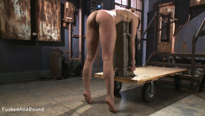 Photo number 1 from Looking for Trouble shot for Fucked and Bound on Kink.com. Featuring Derrick Pierce and Bianca Stone in hardcore BDSM & Fetish porn.