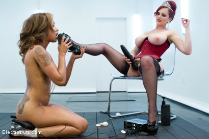 Photo number 7 from HAPPY BIRTHDAY MZ. BERLIN!!!!!!!! shot for Electro Sluts on Kink.com. Featuring Skin Diamond and Mz Berlin in hardcore BDSM & Fetish porn.