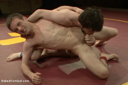 """Photo number 9 from Rowen """"The Jackhammer"""" Jackson vs Andrew """"The Assassin"""" Collins  shot for Naked Kombat on Kink.com. Featuring Rowen Jackson and Andrew Collins in hardcore BDSM & Fetish porn."""