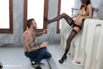 Photo number 8 from Worship In The Boys Room shot for Foot Worship on Kink.com. Featuring Christian Wilde and Gia DiMarco in hardcore BDSM & Fetish porn.