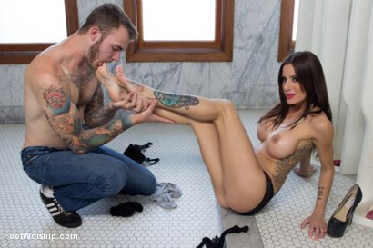 Photo number 1 from Worship In The Boys Room shot for Foot Worship on Kink.com. Featuring Christian Wilde and Gia DiMarco in hardcore BDSM & Fetish porn.