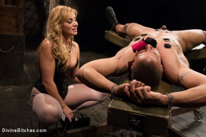 Photo number 12 from Romanian Princess Lea Lexis shot for Divine Bitches on Kink.com. Featuring Lea Lexis and Robert Axel in hardcore BDSM & Fetish porn.