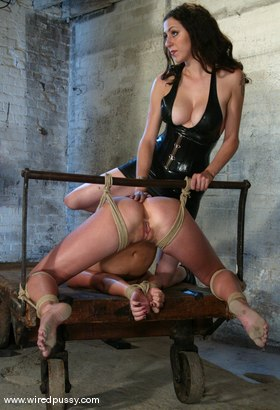 Photo number 4 from Vendetta shot for Wired Pussy on Kink.com. Featuring Vendetta in hardcore BDSM & Fetish porn.