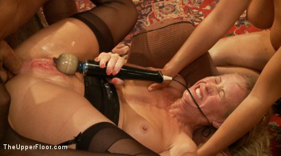 Photo number 10 from Anal Slave Meets the Household, and a Gorgeous Guest is Ass Fucked shot for The Upper Floor on Kink.com. Featuring Penny Barber, Bill Bailey and Simone Sonay in hardcore BDSM & Fetish porn.