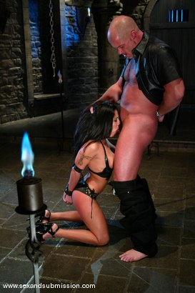 Photo number 6 from Mark Davis and Jenaveve Jolie shot for Sex And Submission on Kink.com. Featuring Mark Davis and Jenaveve Jolie in hardcore BDSM & Fetish porn.
