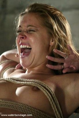 Photo number 11 from Hollie Stevens shot for Water Bondage on Kink.com. Featuring Hollie Stevens in hardcore BDSM & Fetish porn.