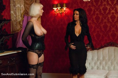 Photo number 5 from The Informant starring Veronica Avluv shot for Sex And Submission on Kink.com. Featuring James Deen and Veronica Avluv in hardcore BDSM & Fetish porn.