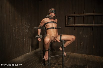 Photo number 7 from 9 inch Cock Edged in Metal Bondage shot for Men On Edge on Kink.com. Featuring Jay Cloud in hardcore BDSM & Fetish porn.
