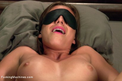 Photo number 5 from 5 foot 8 inches of hotness - The Mega Sexy Athlete, Rilynn Rae shot for Fucking Machines on Kink.com. Featuring Rilynn Rae in hardcore BDSM & Fetish porn.