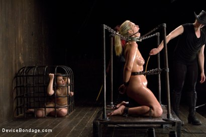 Photo number 14 from Tara Lynn Foxx - Complete Edited Live Show shot for Device Bondage on Kink.com. Featuring Elizabeth Thorn, Tara Lynn Foxx and Mz Berlin in hardcore BDSM & Fetish porn.