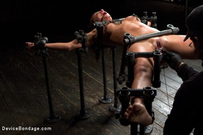 Photo number 5 from Beauty and the Beast shot for Device Bondage on Kink.com. Featuring Ariel X and Orlando in hardcore BDSM & Fetish porn.