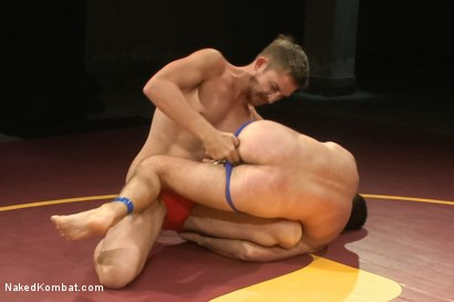 """Photo number 2 from Cameron """"The Kin-Killer-Cade"""" vs Dayton """"The Doc"""" O'Connor  shot for nakedkombat on Kink.com. Featuring Dayton O'Connor and Cameron Kincade in hardcore BDSM & Fetish porn."""