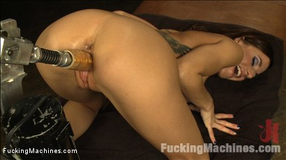 The Girl Next Door Squirts - Power Babe Gia DiMarco is back w/Machines