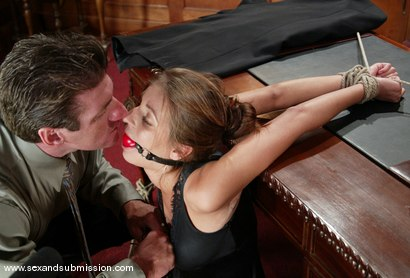 Photo number 4 from Lee Stone and Veronica Stone shot for Sex And Submission on Kink.com. Featuring Lee Stone and Veronica Stone in hardcore BDSM & Fetish porn.