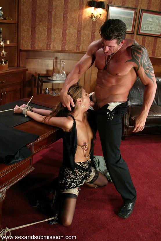 Veronica Stone erste Bondageszene