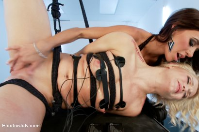 Photo number 16 from Ash Hollywood Electrofucked! shot for Electro Sluts on Kink.com. Featuring Gia DiMarco and Ash Hollywood in hardcore BDSM & Fetish porn.