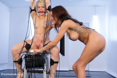 Photo number 3 from Ash Hollywood's Hot Body Shaken by EMS Pads shot for Electro Sluts on Kink.com. Featuring Gia DiMarco and Ash Hollywood in hardcore BDSM & Fetish porn.