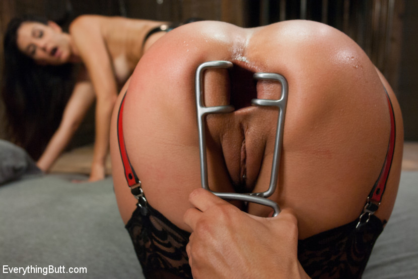 [EverythingButt] Anal Sluts: India Summer and Kirsten Price